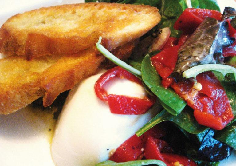 Salade tiède de Cremini et mozzarella de bufflonne