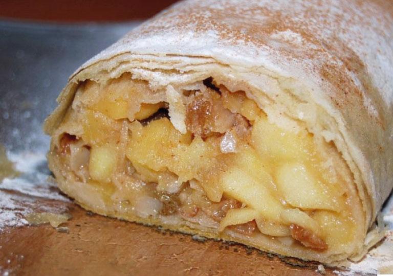 Strudel aux pommes, poireaux et fromage feta