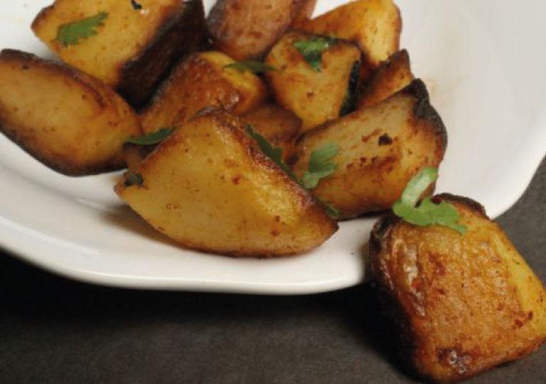 Pommes de terre à l'ail à la libanaise